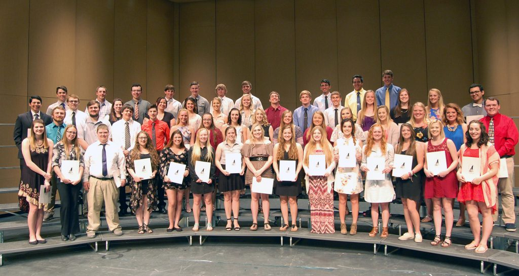 The 2017 Williston Coyote Foundation Scholarship winners.